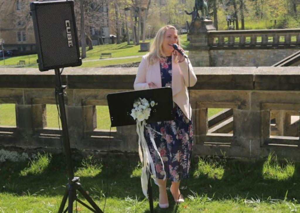 Emotion pur! Sängerin Jenny sorgt für Gänsehautmomente.